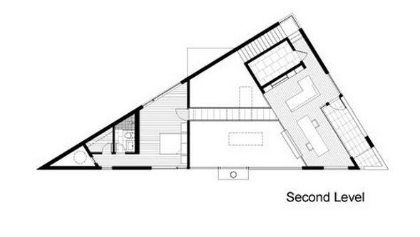 Plano de casa triangular de dos pisos for Fachadas de casas segundo piso