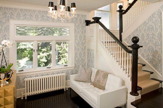 escaleras interiores de un giro