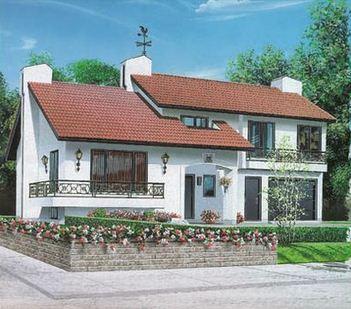 Fachada de casa con jardín delantero