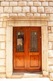 puerta doble antigua