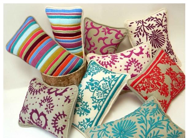 almohadones de colores