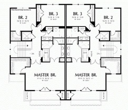 Plano de casa de 3 pisos con cochera