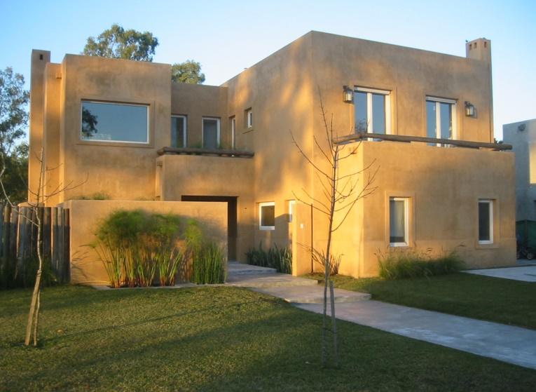 Fachadas de casas modernas for Ver frentes de casas