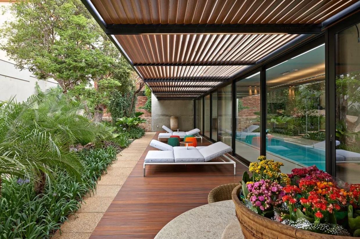 Jardines internos planos de casas modernas for Fotos de jardines de casas modernas