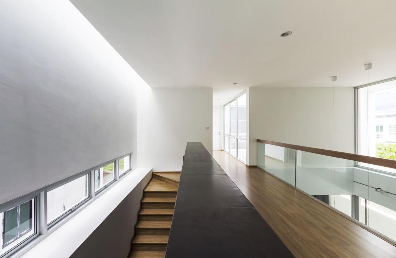plano de casa con frente curvo | planos de casas modernas