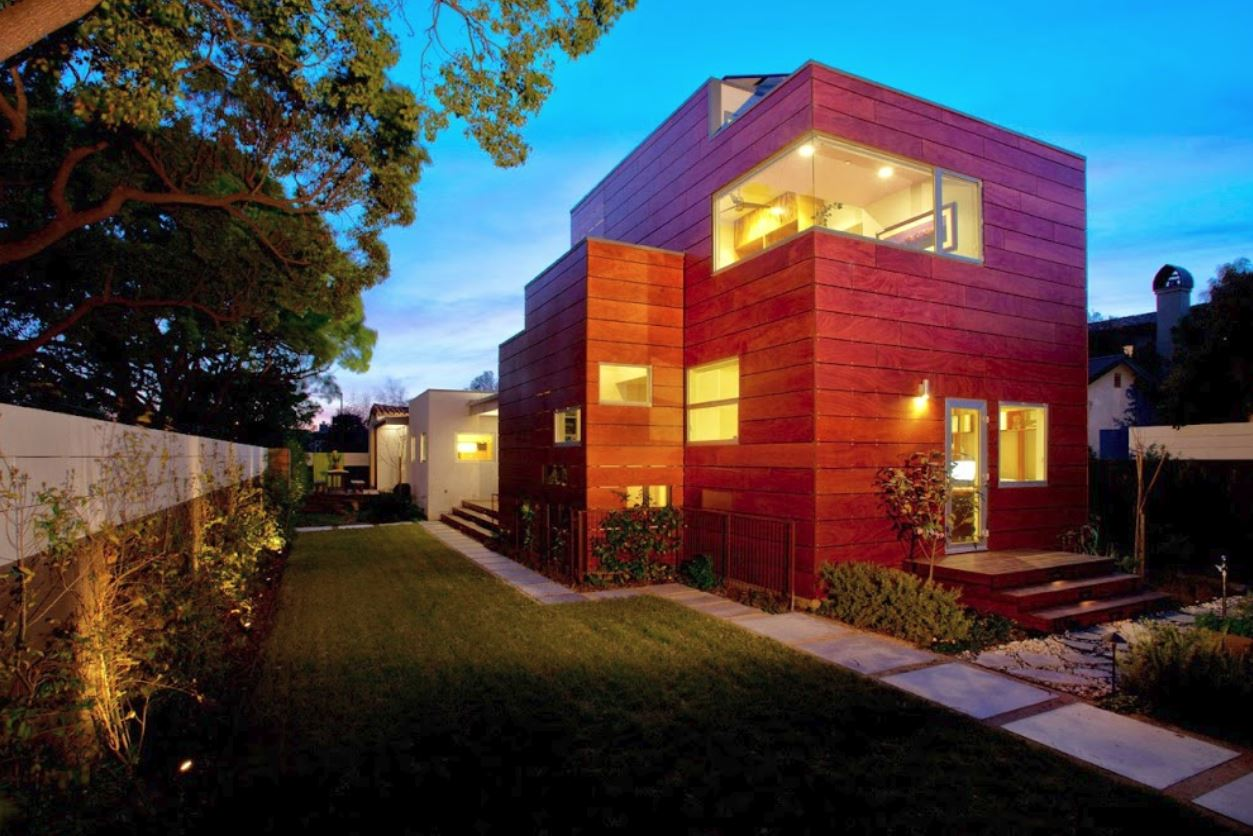Casa de madera moderna top moderna casa de madera with - Casas de madera modernas ...
