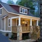 Plano de casa confortable para terreno en desnivel