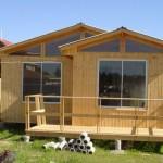 Plano de casa prefabricada de tres dormitorios